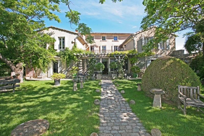 Ancienne propriété viticole à vendre en Provence