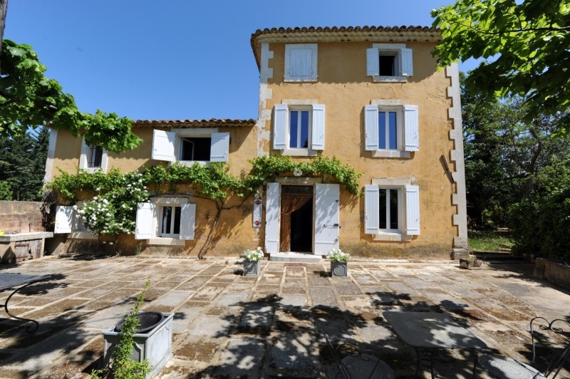 Propriété à rénover en Provence