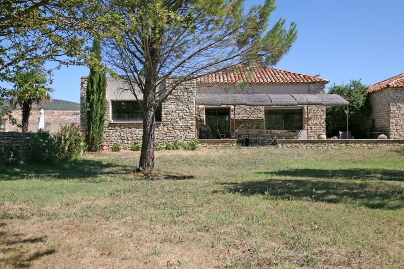 Maison de plain pied moderne à vendre en Provence