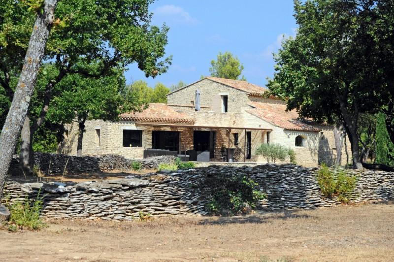 Maison en pierres avec vue sur le Luberon à vendre par ROSIER