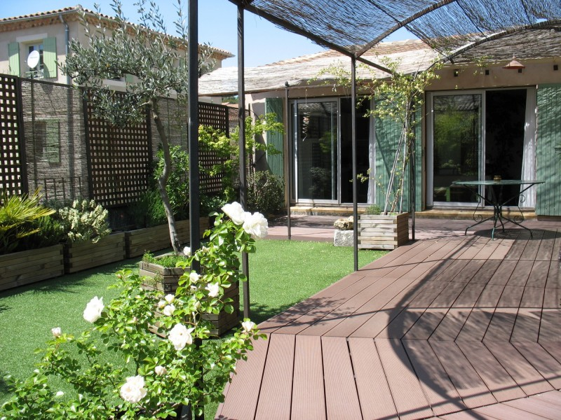 Vaison-la-Romaine, à vendre, appartement avec belle terrasse