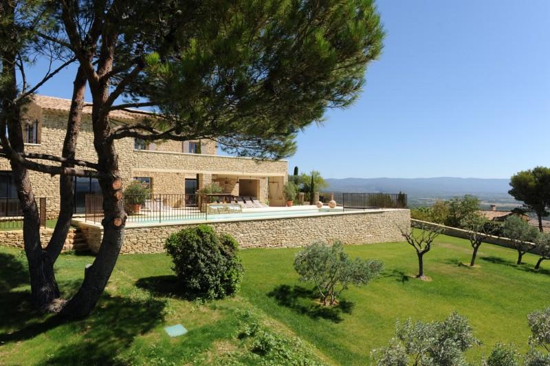 Maison rénovée avec vue sublime à vendre à Gordes