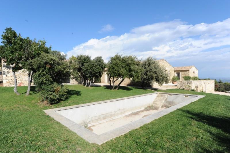 Maison neuve en vente à Gordes avec piscine et vue exceptionnelle