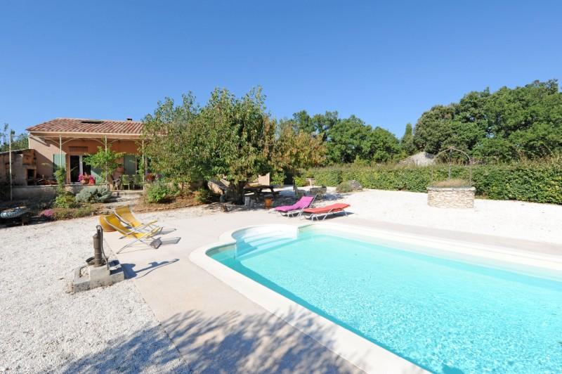 Villa provençale de plain pied avec piscine à vendre en Luberon