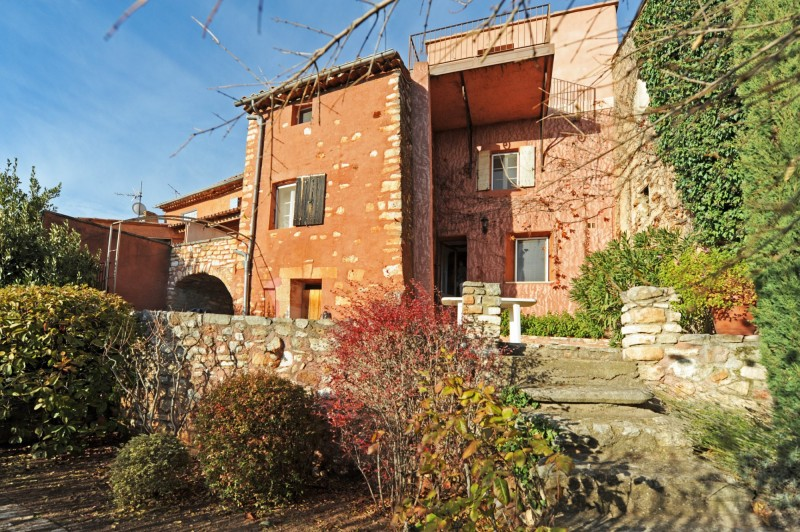 Roussillon house for sale in Provence