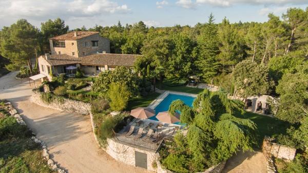 Location dans l'un des plus beaux villages du Luberon