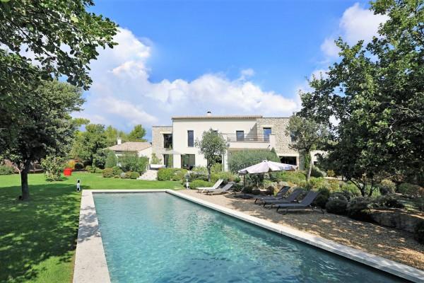 Maison à louer avec piscine en Luberon
